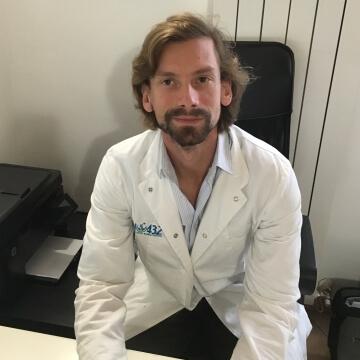Dott. Andrea Radinovic cardiologo presso Fisio 432